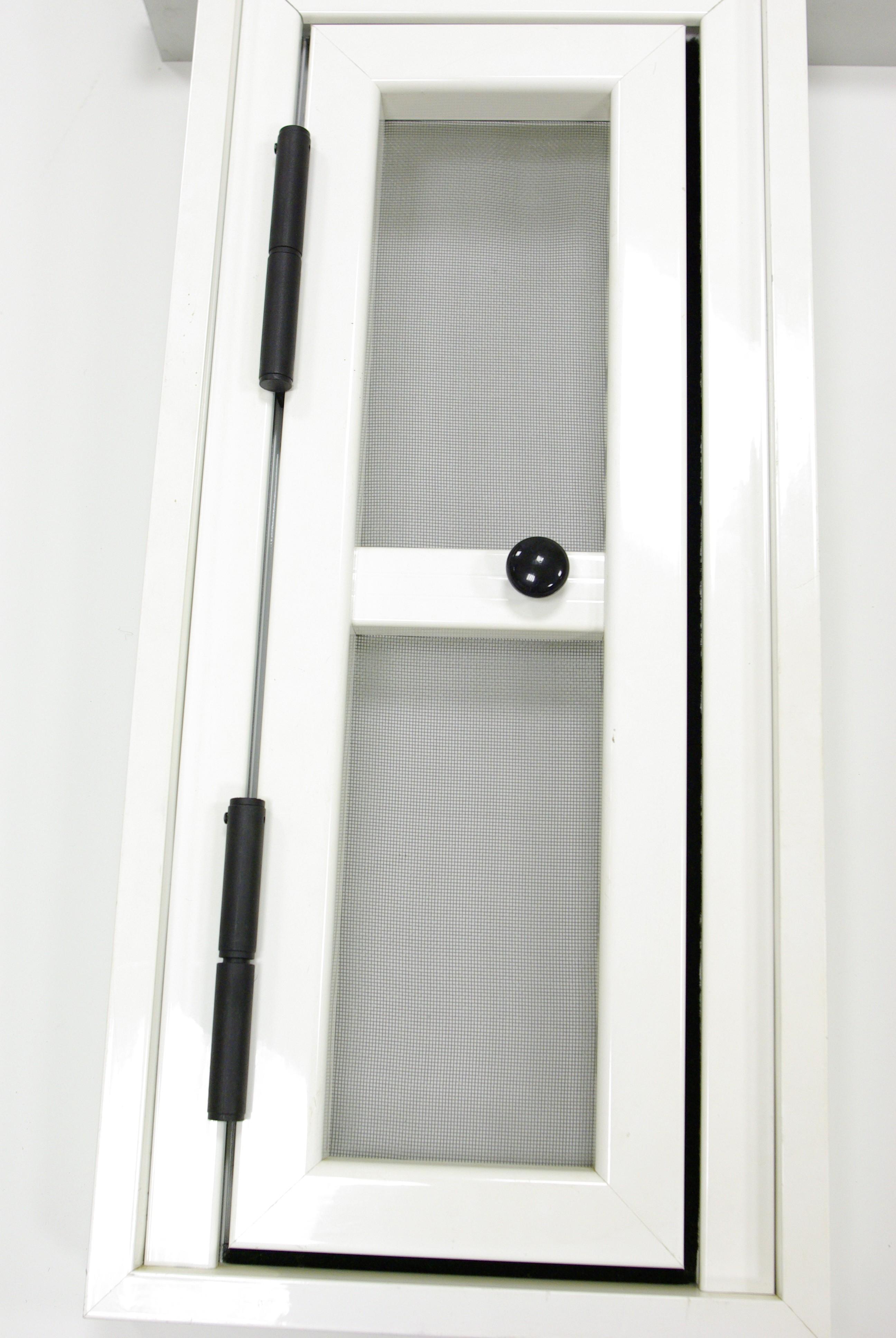 mosquitera puerta abatible forte mocaplas